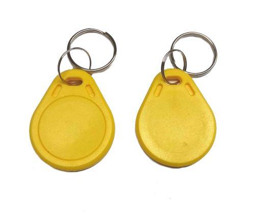 NFC klíčenka - žlutá