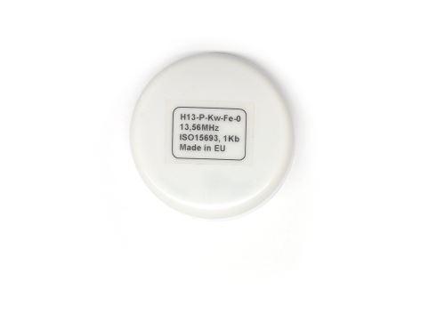 HF tag on metal